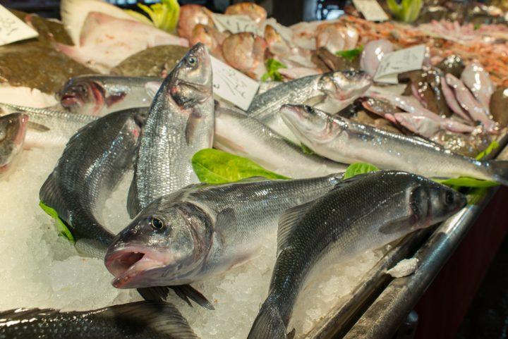 banchetto al mercato del pesce
