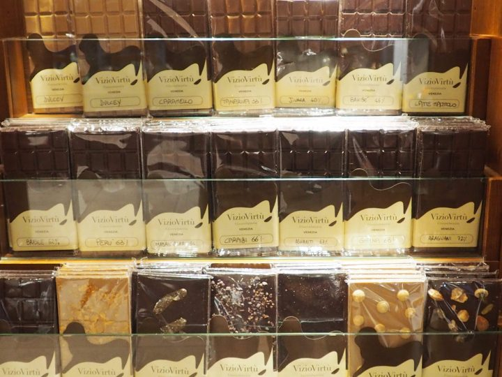 wide range of selection also of truffles, ganaches