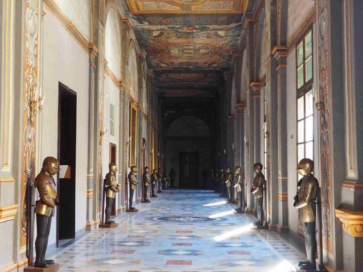 the impressive Grand Master's Palace in La Valletta