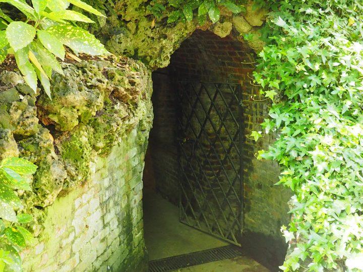 ice grotto in a Venetian garden